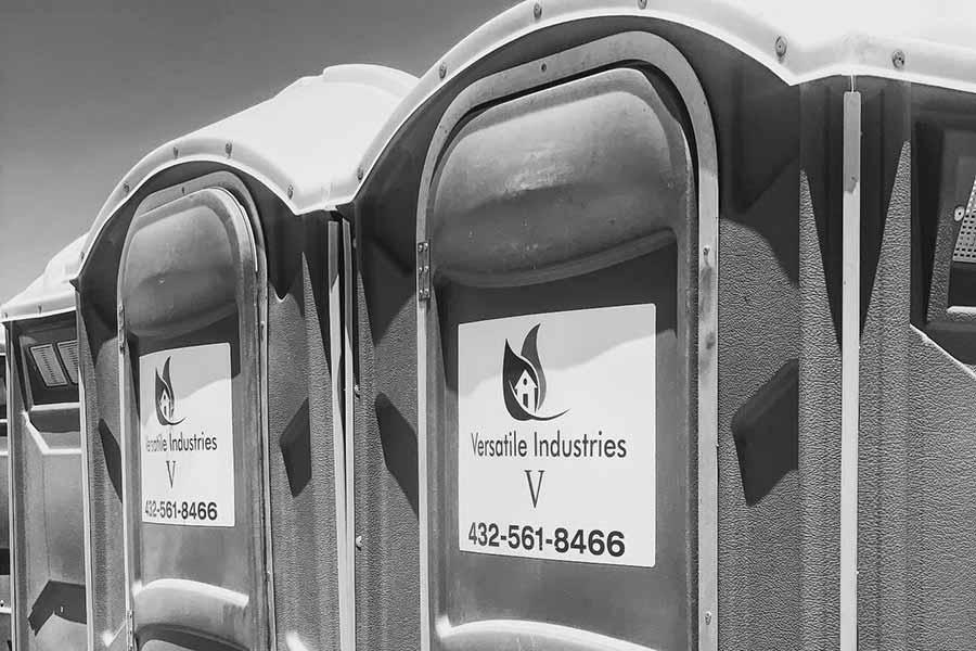 Versatile Portable Toilet- Versatile Industries V, LLC | Midland & Trenton, TX